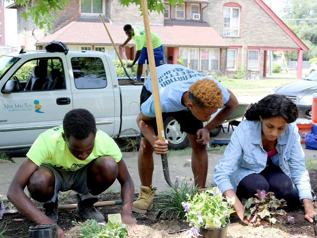 Pittsburgh community members planting