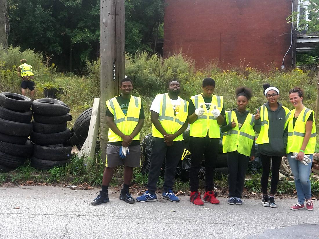 Group of volunteers Pittsburgh PA